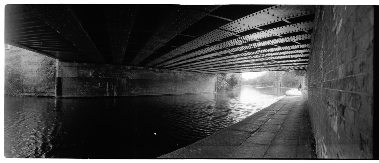 canal-underbridge